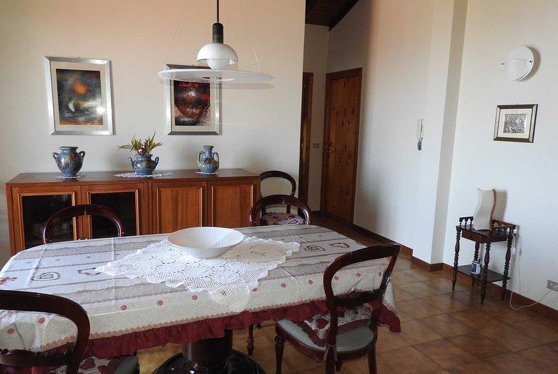 Mansarda sul mare dei Ciclopi, location de vacances à Aci San Filippo