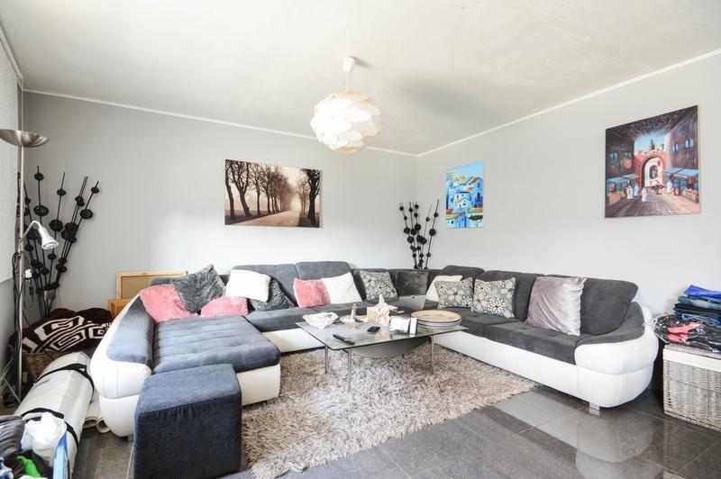 Amazing house with garden & terrace, location de vacances à Sint-Truiden