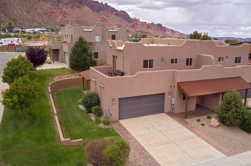 SG1 | LUXURIOUS MOAB CONDO, NEAR ARCHES NATIONAL PARK!, vacation rental in Moab