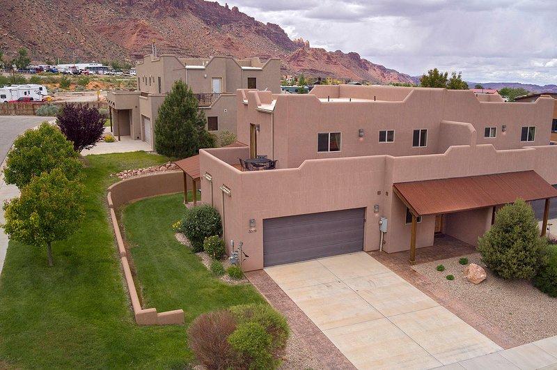 SG1 | LUXURIOUS MOAB CONDO, NEAR ARCHES NATIONAL PARK!, location de vacances à Moab