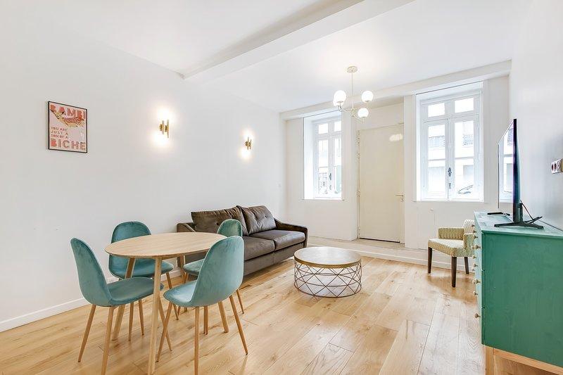 A Trendy 1-BDR Apartment in Saint Germain, location de vacances à Paris