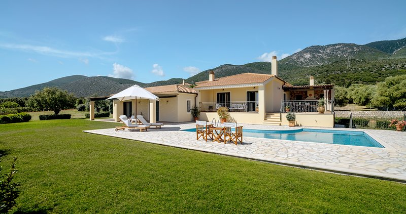 Villa Oliva, casa vacanza a Karavadhos