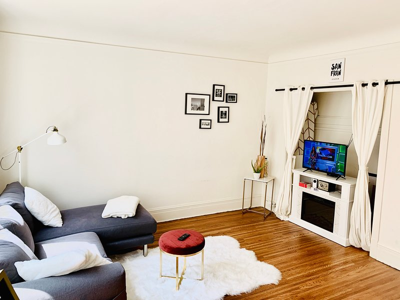 Beautiful fully furnished apartment in downtown San Francisco with sunlight!, alquiler vacacional en San Francisco