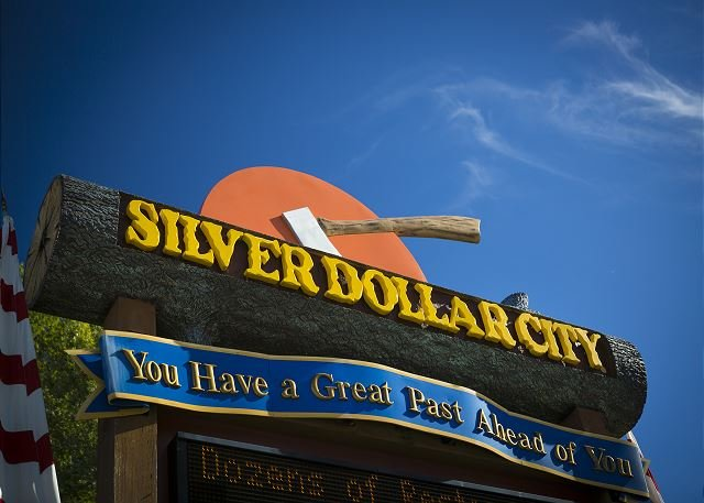 Près de Silver Dollar City