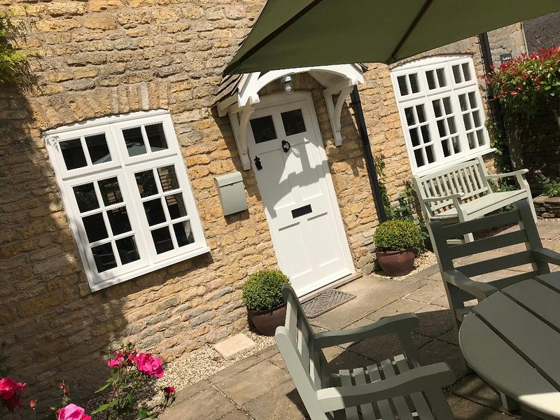 Jasmine Cottage Bourton on the Water Withing a Short Stroll to the Village, casa vacanza a The Slaughters