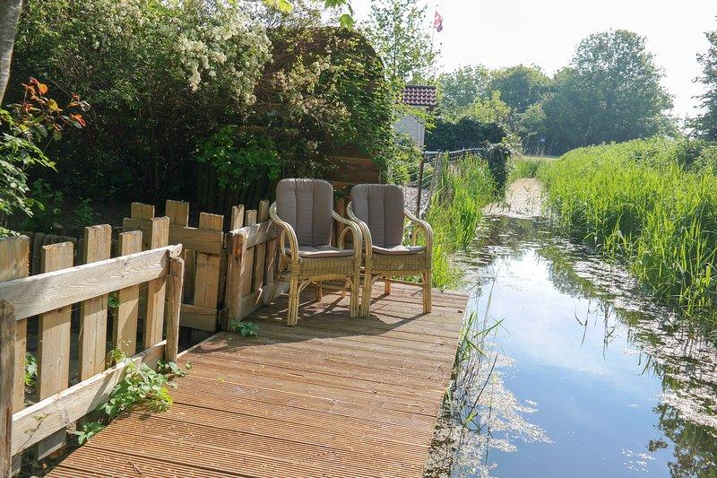 'Haus Gudrun', Luxury holiday home with Sauna near Wadden Sea Friesland, Ferienwohnung in Anjum