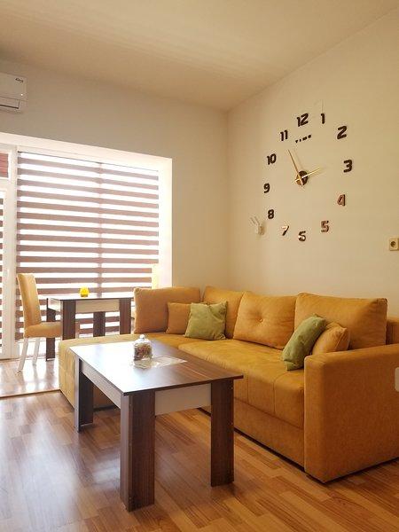 SIRIUS - SKY Apartments, holiday rental in Star Dojran