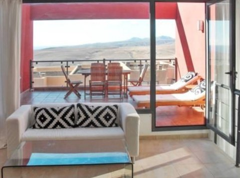 Spacious house with shared pool, holiday rental in Fustes