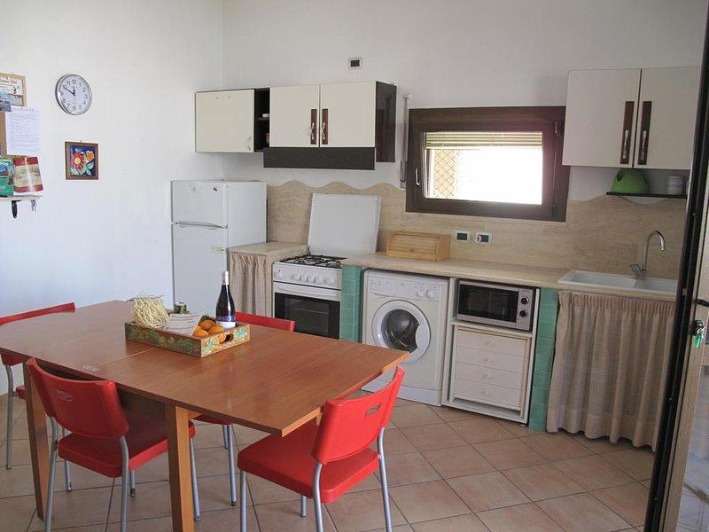 Nice apartment in Alcamo & Wifi, vacation rental in Alcamo Marina