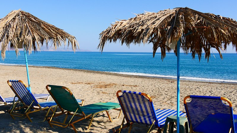 Studio Apartment on the beach, vacation rental in Crete