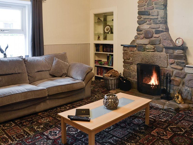 Riverside Cottage, holiday rental in Forfar
