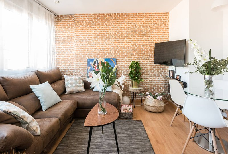 Amazing apartment in Madrid & Wifi, holiday rental in Tres Cantos