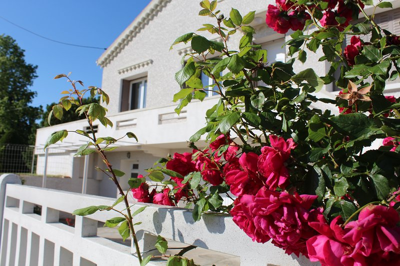 La Maison Joséphine Gîte résidence à la campagne, holiday rental in Charmes-sur-l'Herbasse