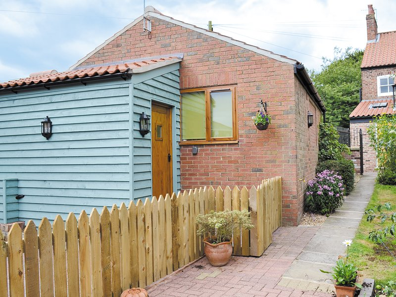 Garden Cottage, holiday rental in Sewerby