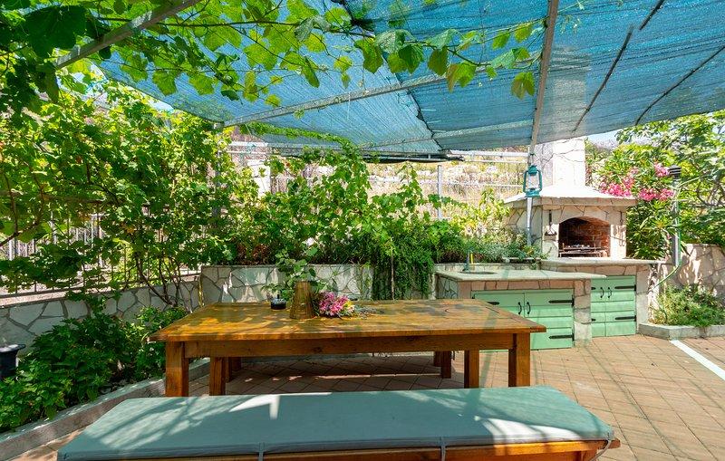 Area barbecue nel cortile