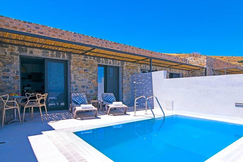 Incredible Sea view,Near the Beach,Next to Tavern,MiniMarket 3, holiday rental in Agios Pavlos
