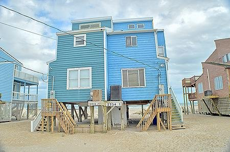 2334-1 New River Inlet Rd - 3BR Oceanfront Duplex in North Topsail Beach with Pr, alquiler de vacaciones en Jacksonville