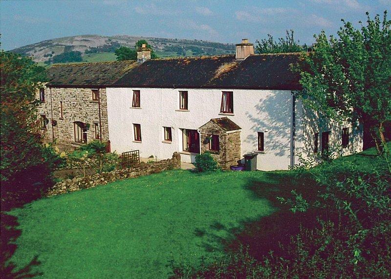 Kiln Green Farmhouse, holiday rental in Milnthorpe