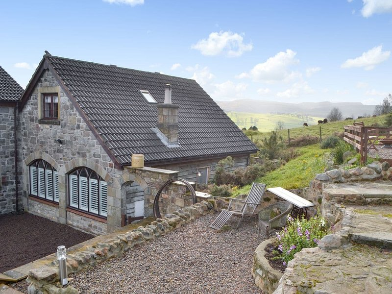 Honeypot Cottage, vacation rental in Whittingham