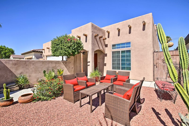 This home has 1,450 square feet and accommodations for up to 8 guests.