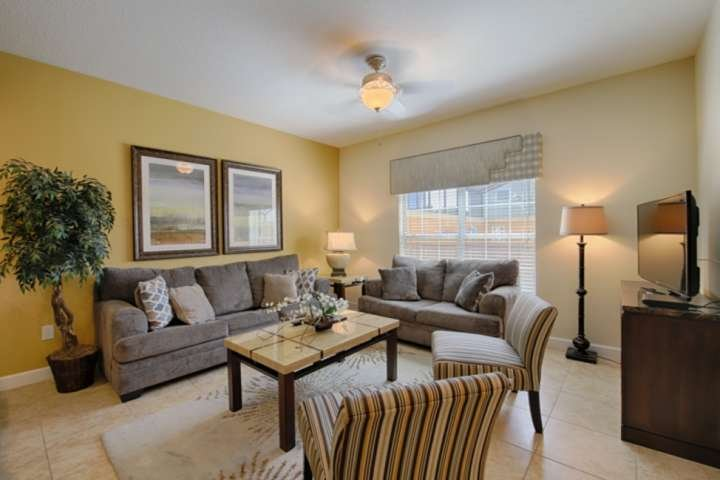 Spacious Living w/Comfortable New Furniture and Pool View