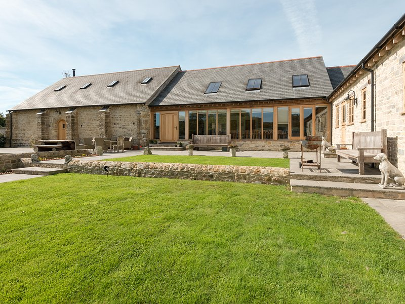 The Old Tithe Barn - DCCD, holiday rental in Abbotsbury