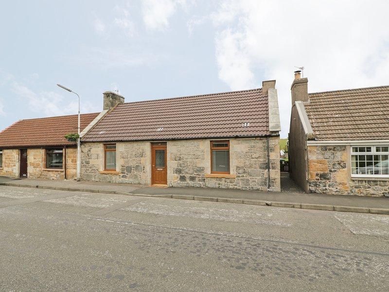 65 MAIN STREET, super king size, en-suite, garden, Milton of Balgonie, Ref, vacation rental in East Wemyss