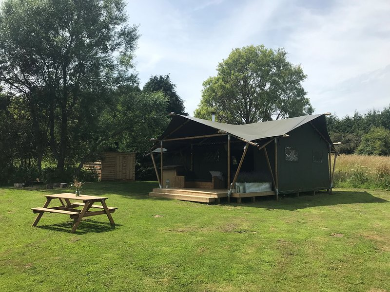 Sibbecks Farm Glamping - Stream Escape, holiday rental in Billingham