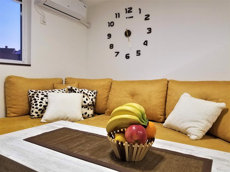 PANDORA - SKY Apartments, holiday rental in Star Dojran
