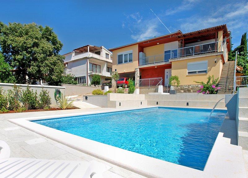 Apartment 24056, holiday rental in Vintijan