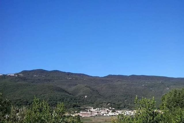 House in Les Planes d'Hostoles, holiday rental in Sant Esteve de Llemena