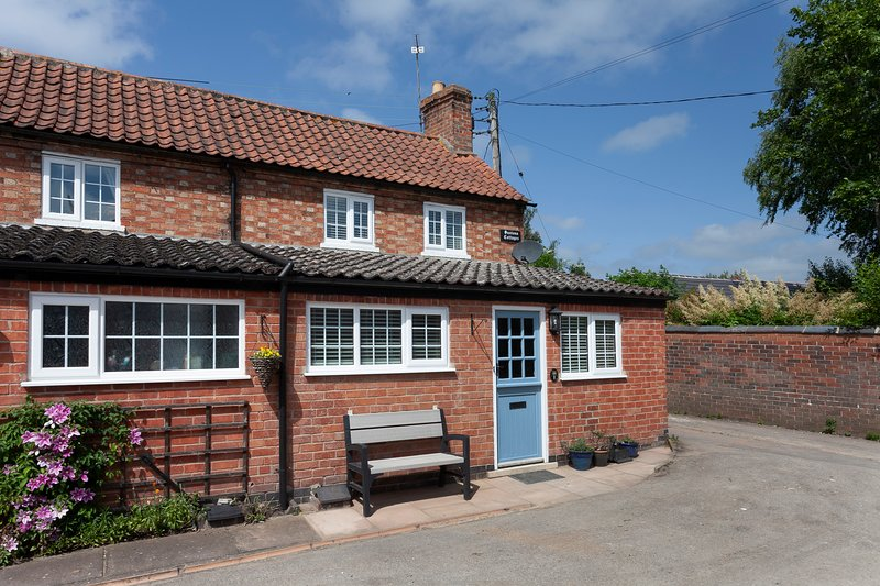 Saxton Cottages Cropwell Butler, holiday rental in Bingham