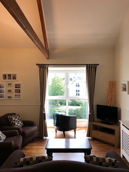The Heron Suite - at the Granary Suites, vacation rental in Kilcornan