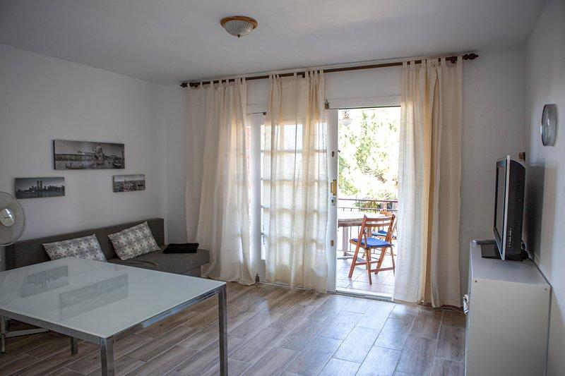 Apartamento 1c 2hab a 50m playa. Vacaciones tranquilas, alquiler de vacaciones en Cambrils