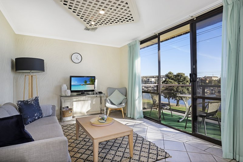 Riverviews | Balcony | 2Bdrm | WIFI | Carpark, vacation rental in Unley