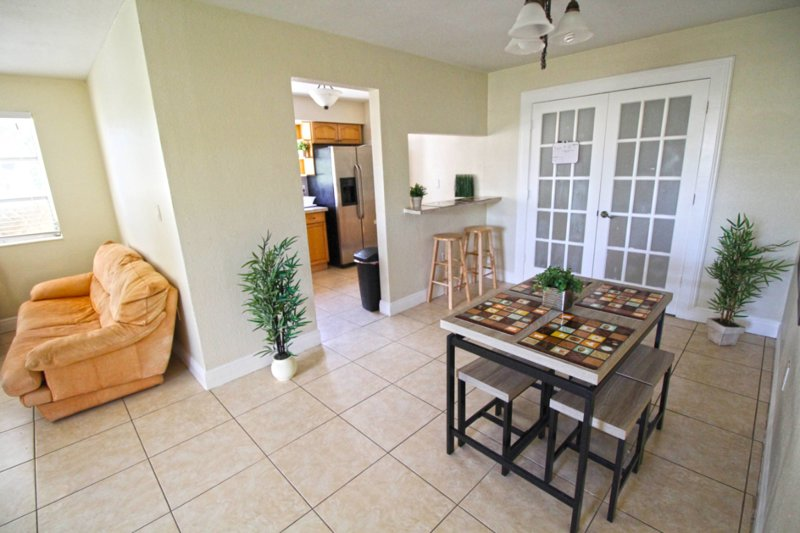 ✦Basic House Perfect for Groups✦, holiday rental in Miami Gardens