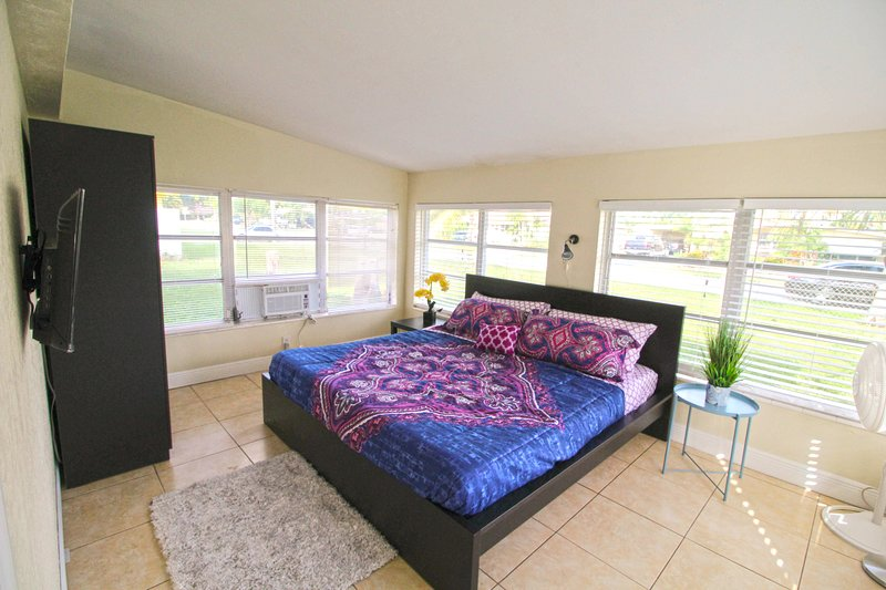 ✦Noteworthy King Size Room - Perfect for Relaxing✦ P1, vacation rental in Miramar