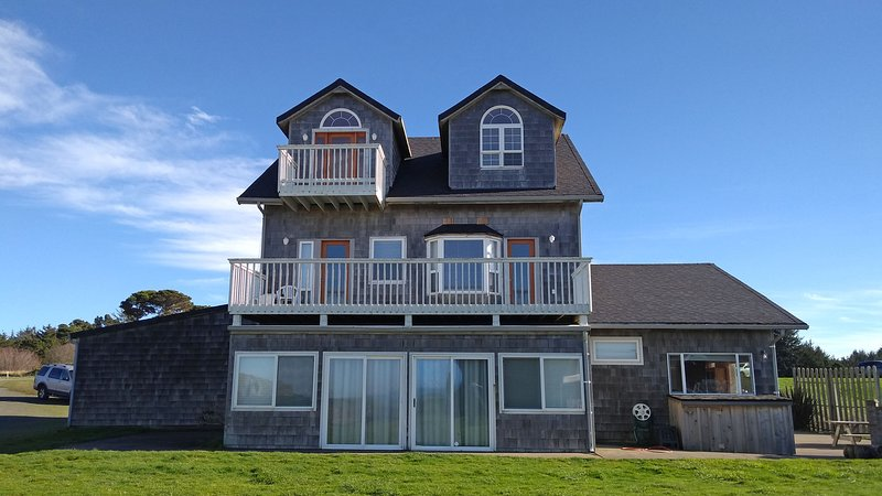 Avanti Beach House, holiday rental in Bandon