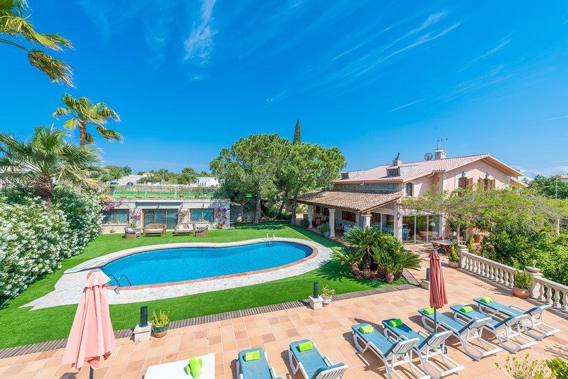 VILLA MARJALS - Villa for 10 people in MURO, holiday rental in Muro
