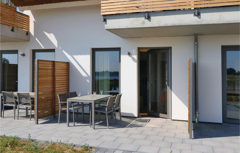 Awesome apartment in Puttbus/Rügen with WiFi and 1 Bedrooms (DMR504), casa vacanza a Lauterbach