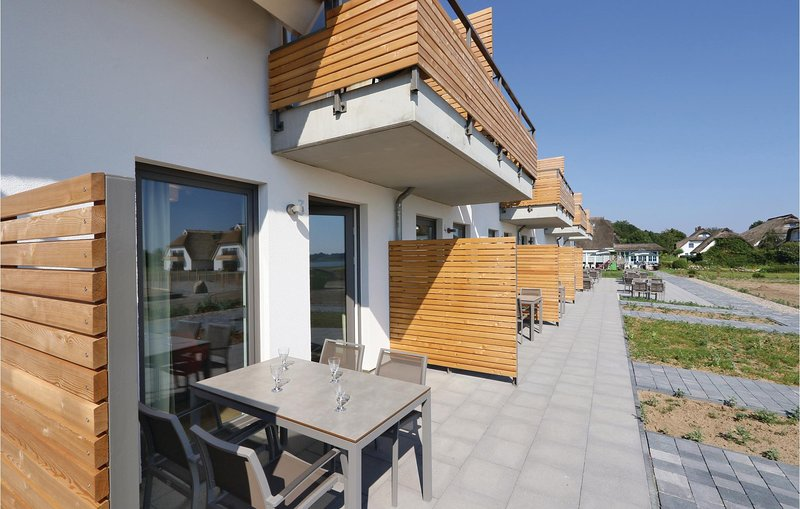 Nice apartment in Puttbus/Rügen with WiFi and 1 Bedrooms (DMR526), casa vacanza a Lauterbach