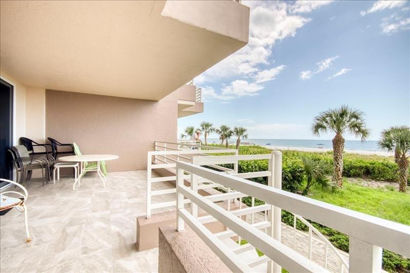 Balcone con vista sulla spiaggia