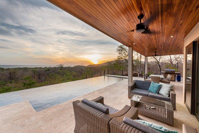 Sunset view at Vista Salinas