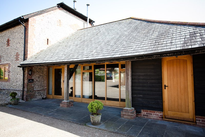 The Cart Shed, holiday rental in Woodmancote