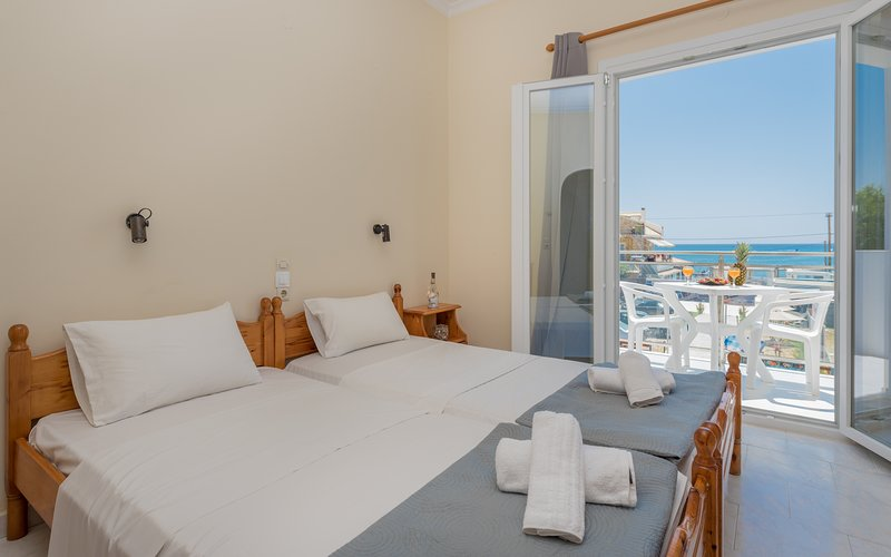 Stathis Studios 50m away from Laganas Beach, Zakynthos, holiday rental in Laganas