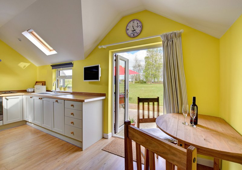 Scapa Lodge, holiday rental in Blaxhall
