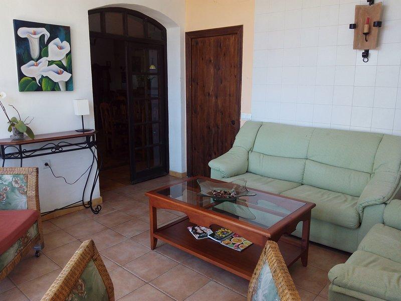 Amazing apartment in Jubrique, holiday rental in Benarraba