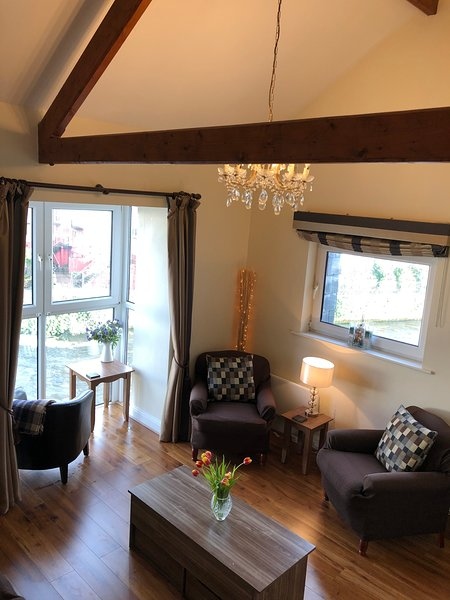 The Galway Suite - at the Granary Suites, vacation rental in Kilcornan