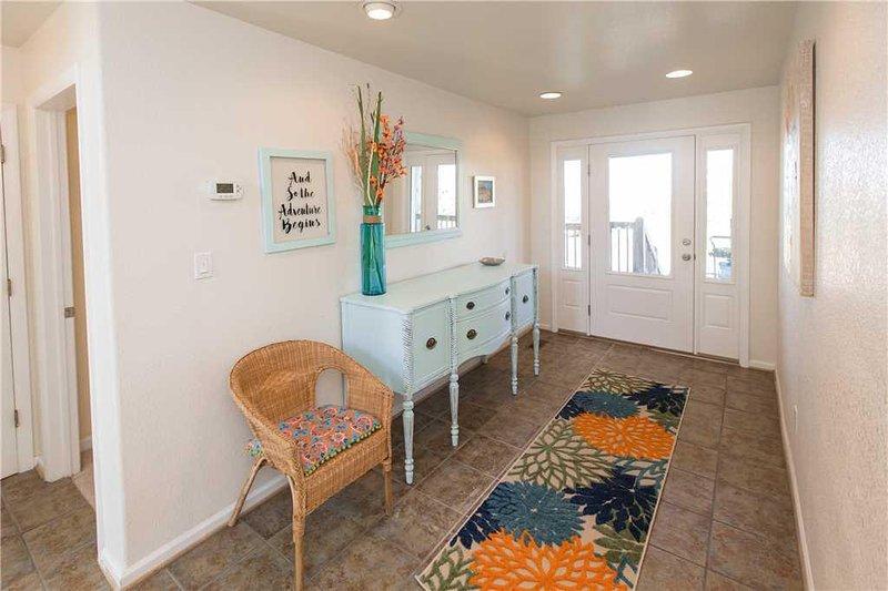 Furniture,Chair,Rug,Room,Indoors