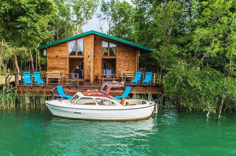 Enjoy River House Ada Bojana, holiday rental in Ulcinj Municipality